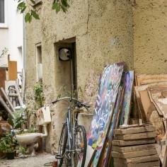 Streetart vs. Urban Gardening.